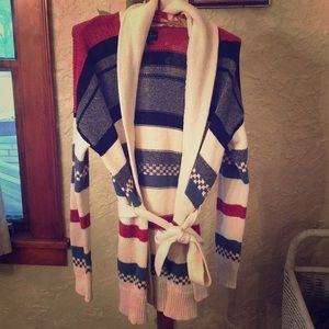 AMERICAN EAGLES CABLE-KNIT SWEATER W/ SASH